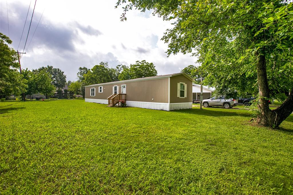 104 Sinclair  Avenue, Kerens, Texas 75144 - acquisto real estate best the colony realtor linda miller the bridges real estate