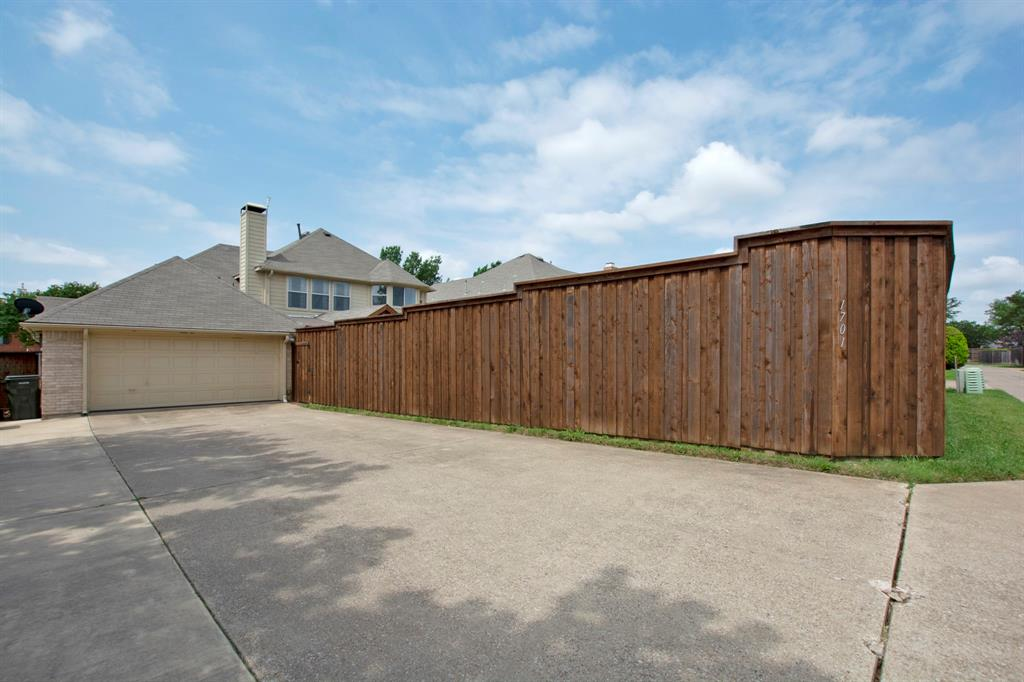 1701 Hill Creek  Drive, Garland, Texas 75043 - acquisto real estate best real estate follow up system katy mcgillen
