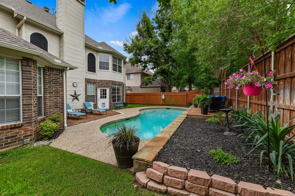 2729 Crepe Myrtle  Drive, Flower Mound, Texas 75028 - acquisto real estate agent of the year mike shepherd