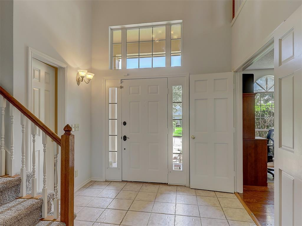 2121 Lansdown  Drive, Carrollton, Texas 75010 - acquisto real estate best the colony realtor linda miller the bridges real estate