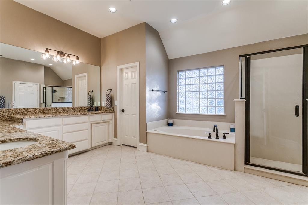 114 Club House  Drive, Weatherford, Texas 76087 - acquisto real estate best realtor westlake susan cancemi kind realtor of the year