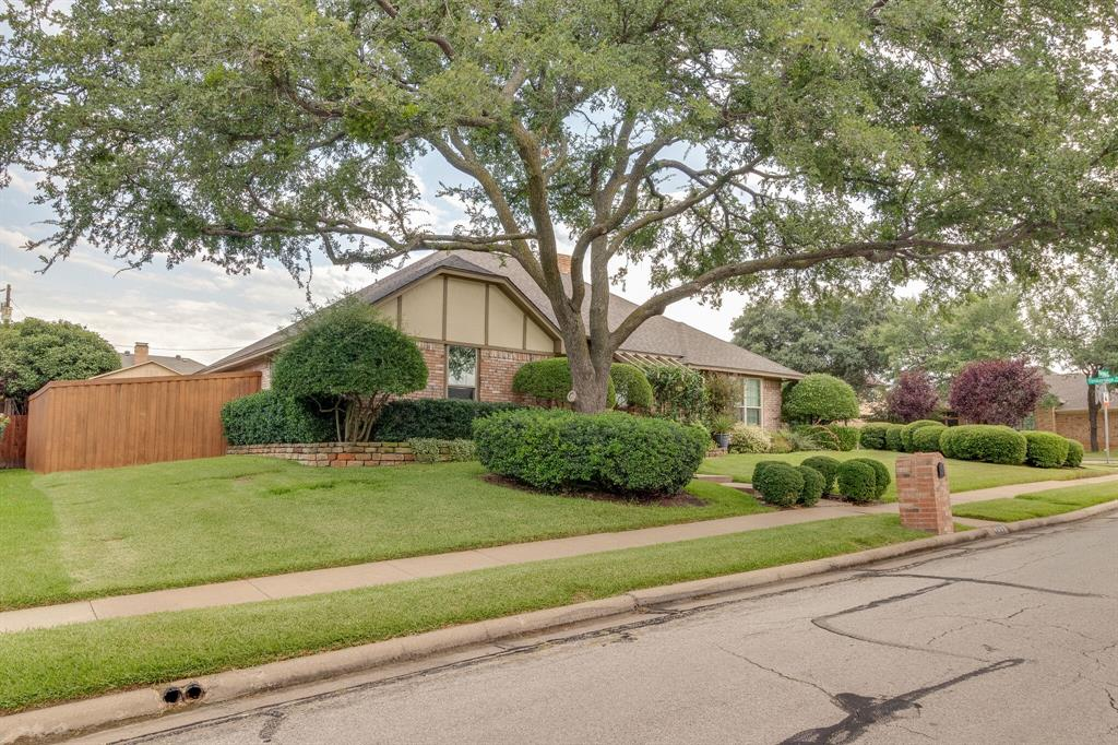 4009 Flintridge  Drive, Irving, Texas 75038 - acquisto real estate best allen realtor kim miller hunters creek expert
