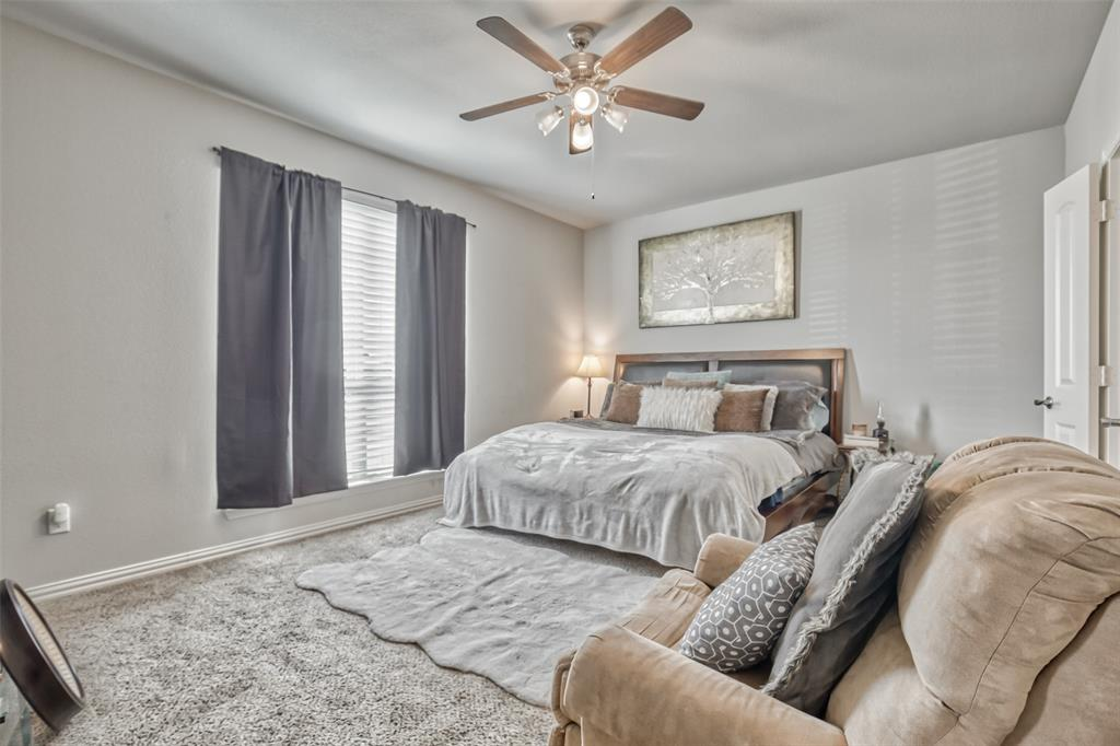 201 Brentwood  Drive, DeSoto, Texas 75115 - acquisto real estate best investor home specialist mike shepherd relocation expert