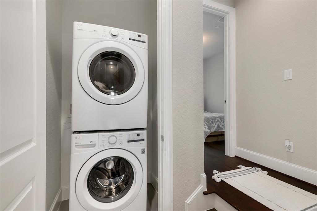 7333 Valley View  Lane, Dallas, Texas 75240 - acquisto real estate best negotiating realtor linda miller declutter realtor