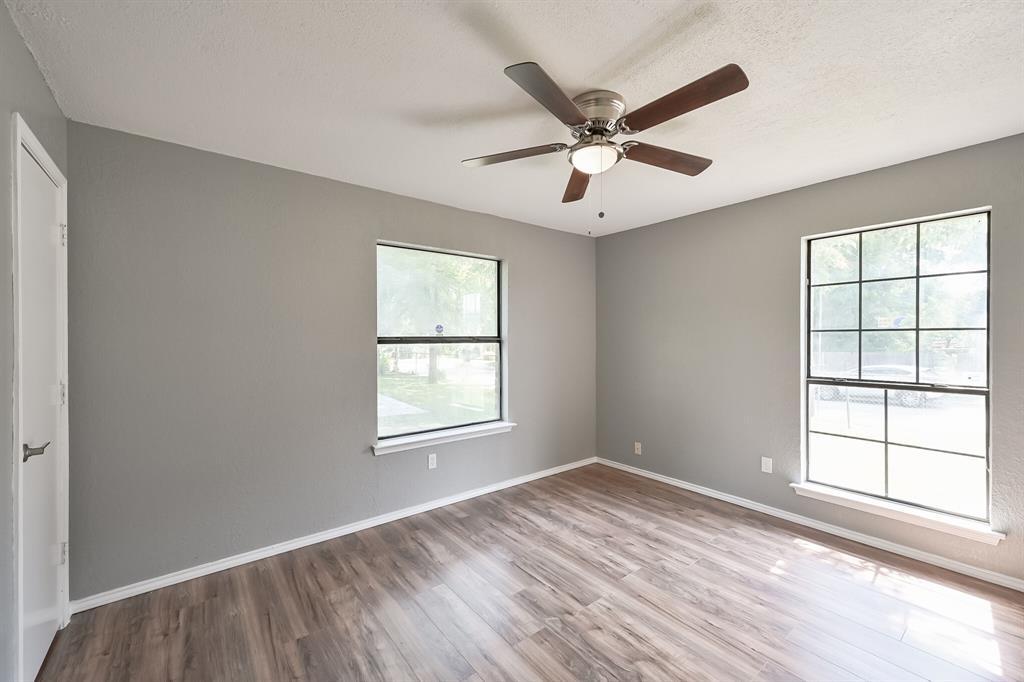 2401 Ben  Avenue, Fort Worth, Texas 76103 - acquisto real estate best looking realtor in america shana acquisto