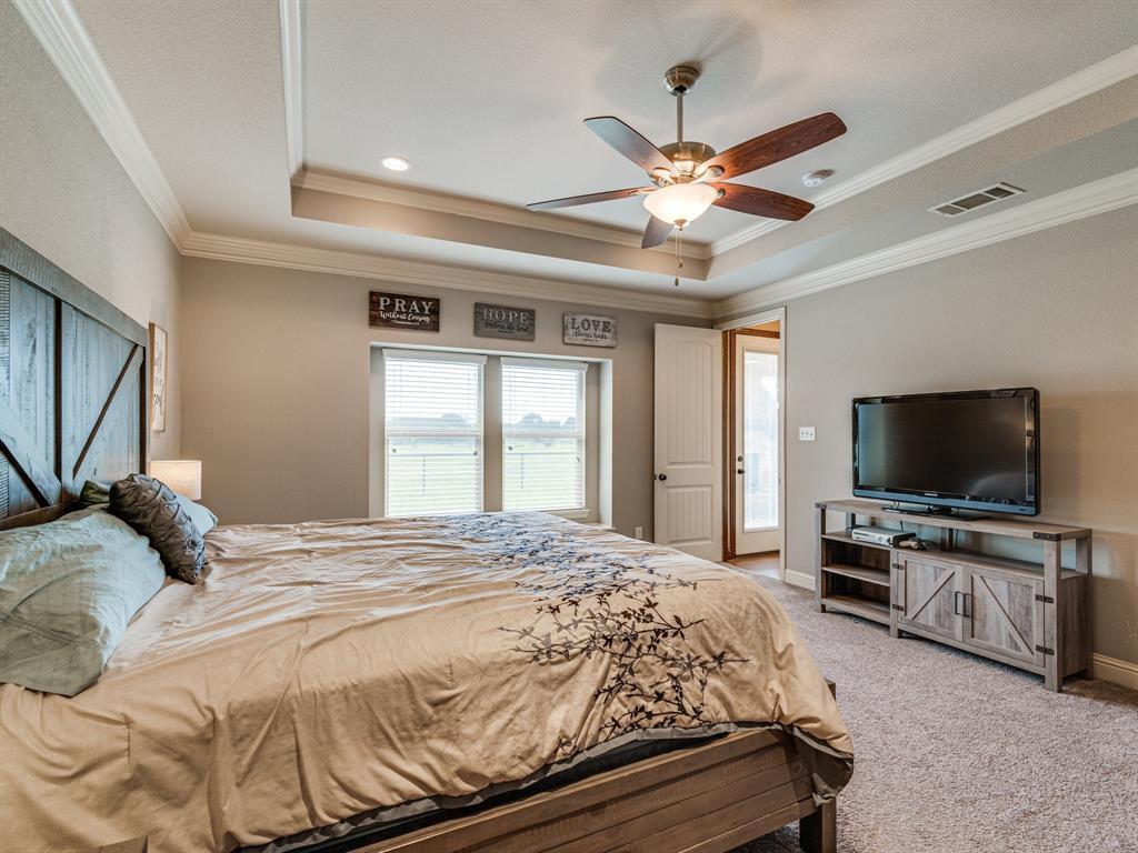 825 Broadhead  Road, Waxahachie, Texas 75165 - acquisto real estate best realtor foreclosure real estate mike shepeherd walnut grove realtor