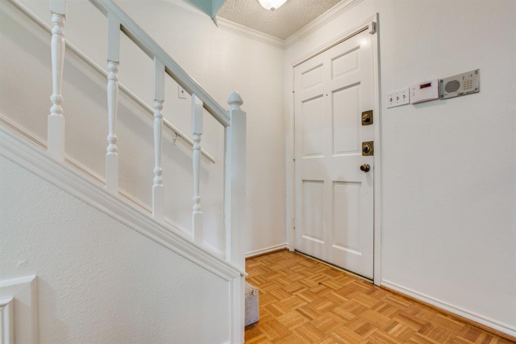 4307 Gilbert  Avenue, Dallas, Texas 75219 - acquisto real estate best the colony realtor linda miller the bridges real estate