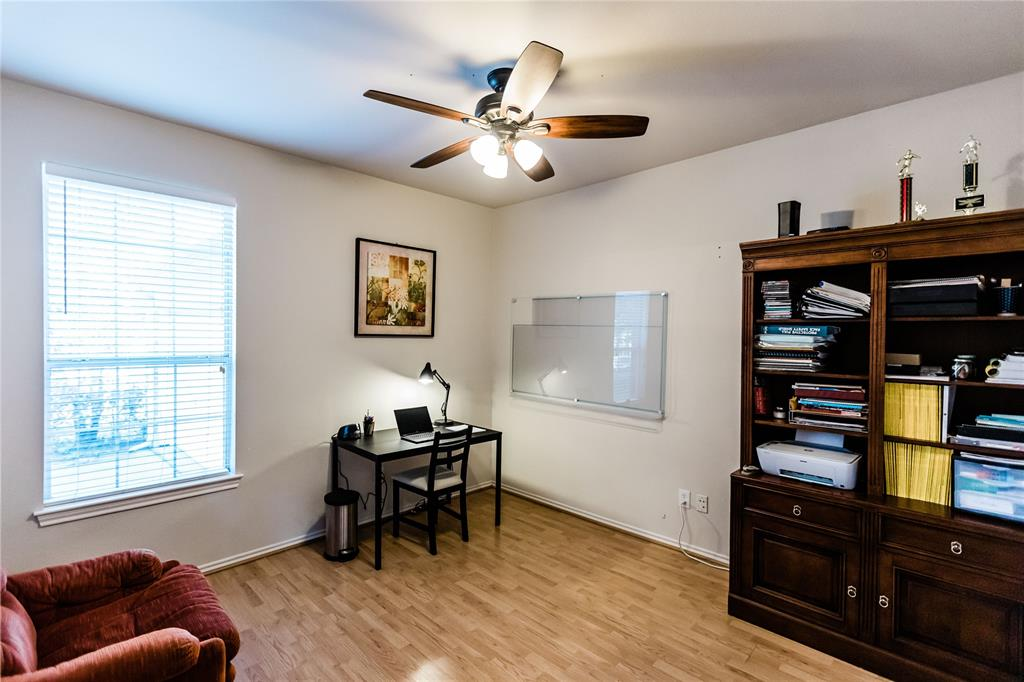 1203 Wentwood  Drive, Corinth, Texas 76210 - acquisto real estate best prosper realtor susan cancemi windfarms realtor
