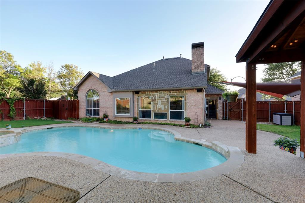 407 Clover Leaf  Lane, McKinney, Texas 75072 - acquisto real estate best park cities realtor kim miller best staging agent