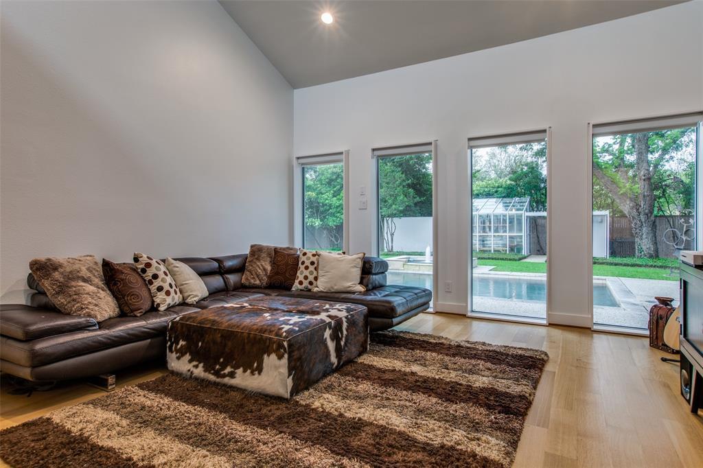 4322 Williamsburg  Road, Dallas, Texas 75220 - acquisto real estate best investor home specialist mike shepherd relocation expert