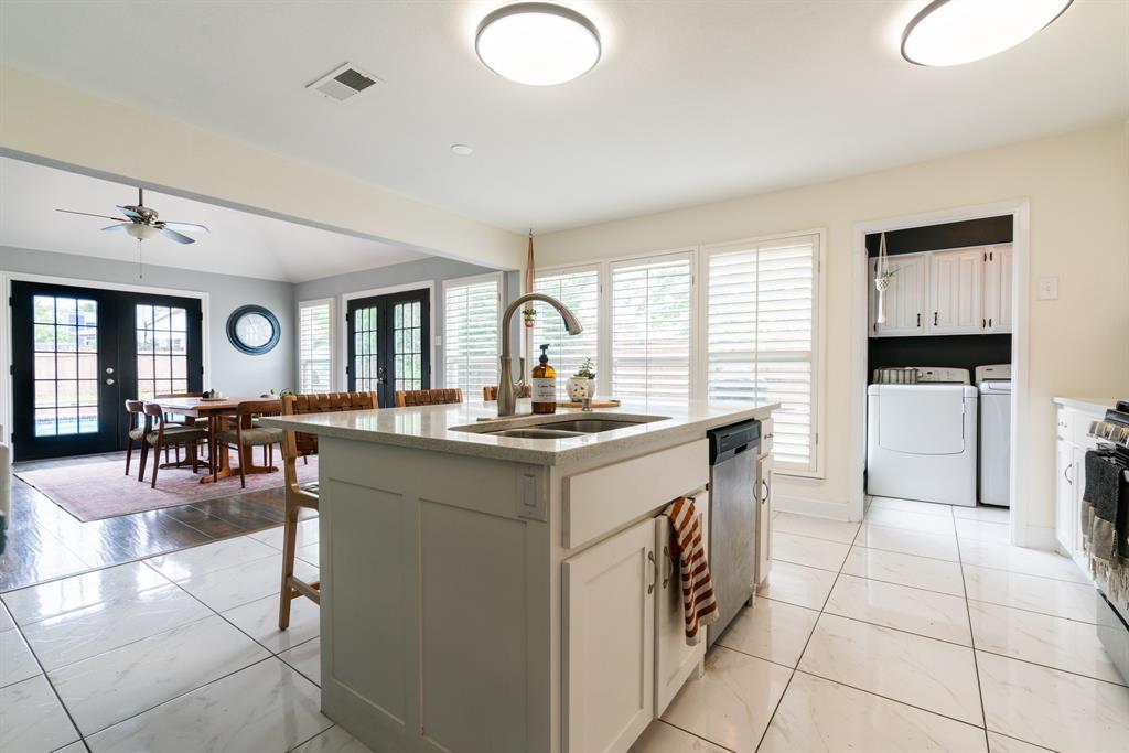 3720 Grasmere  Drive, Carrollton, Texas 75007 - acquisto real estate best luxury buyers agent in texas shana acquisto inheritance realtor