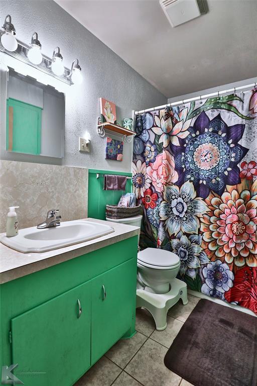2558 Minter  Lane, Abilene, Texas 79603 - acquisto real estate best photos for luxury listings amy gasperini quick sale real estate