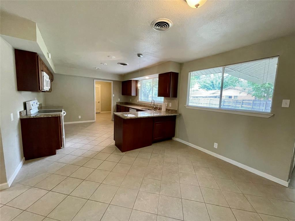 1723 Carlisle  Street, Irving, Texas 75062 - acquisto real estate best flower mound realtor jody daley lake highalands agent of the year