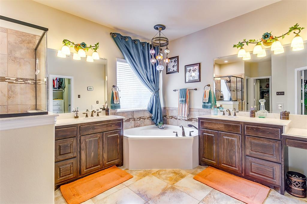 1172 Sapphire  Lane, Burleson, Texas 76058 - acquisto real estate best photo company frisco 3d listings