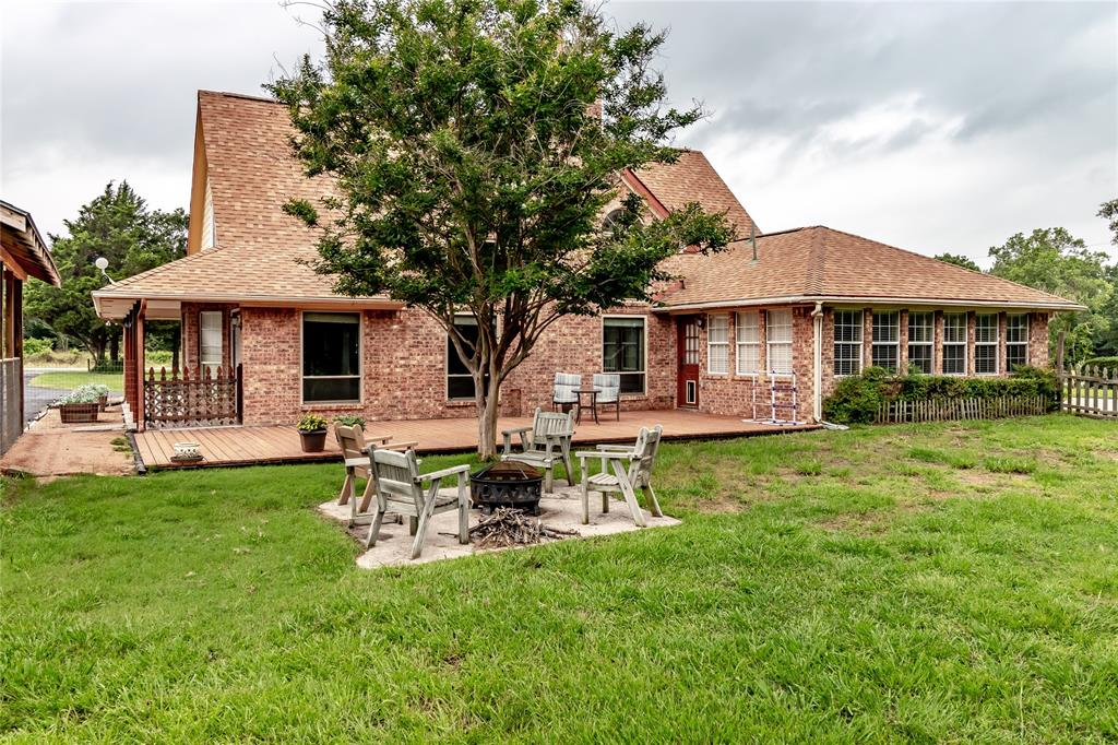 5853 Fm 36  Quinlan, Texas 75474 - acquisto real estate mvp award real estate logan lawrence