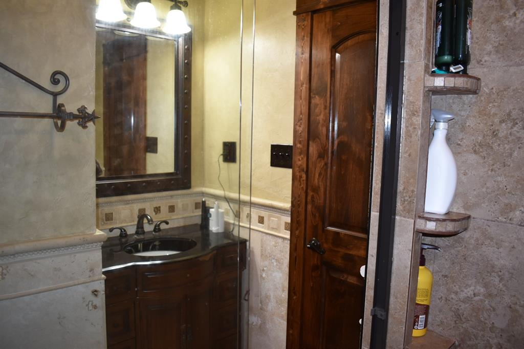 137 Kinbrook  Lane, Weatherford, Texas 76087 - acquisto real estate best designer and realtor hannah ewing kind realtor