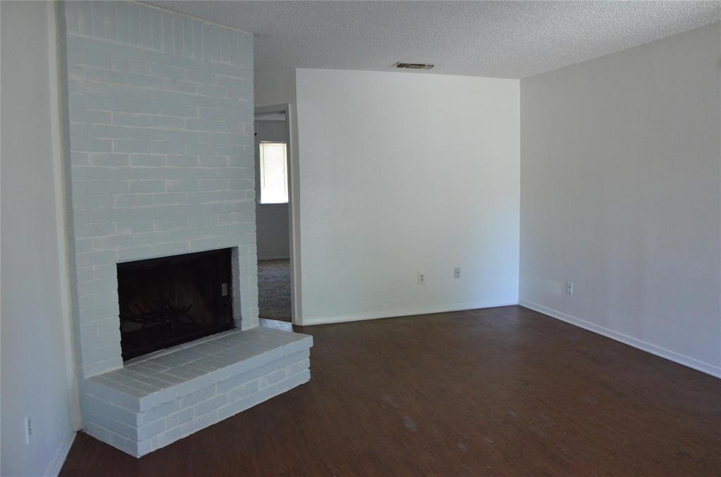 409 3rd  Street, Kennedale, Texas 76060 - acquisto real estate best allen realtor kim miller hunters creek expert