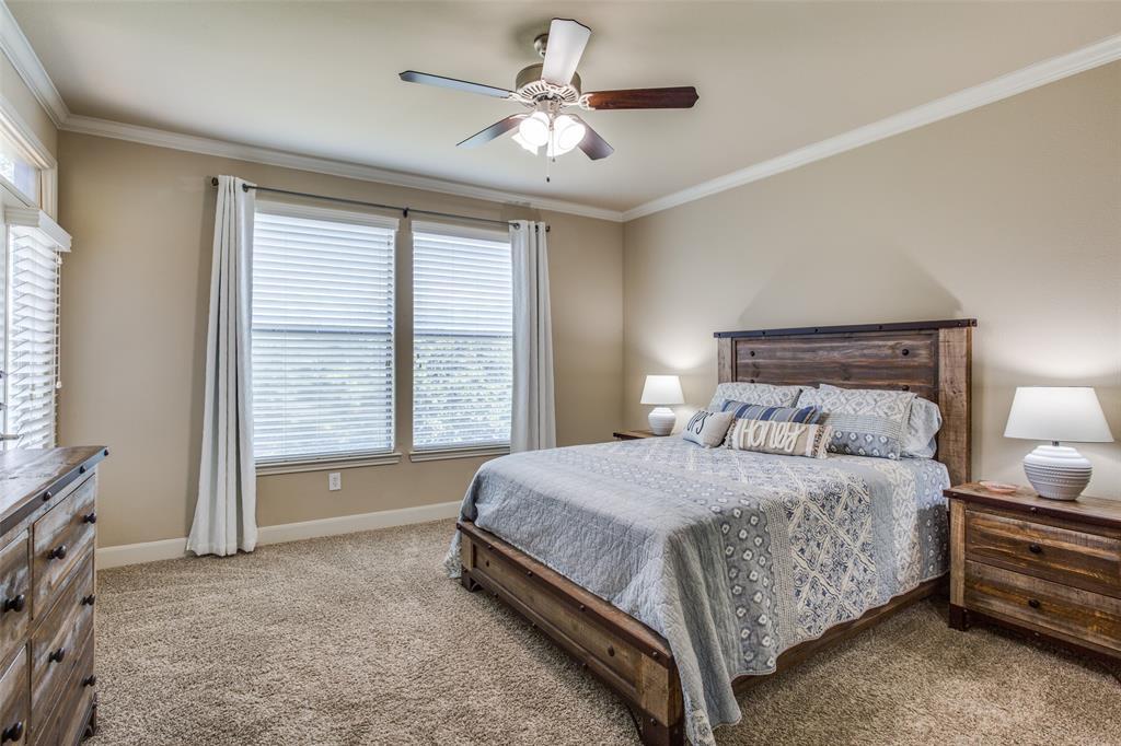 500 Waters Edge  Drive, Lake Dallas, Texas 75065 - acquisto real estate best new home sales realtor linda miller executor real estate
