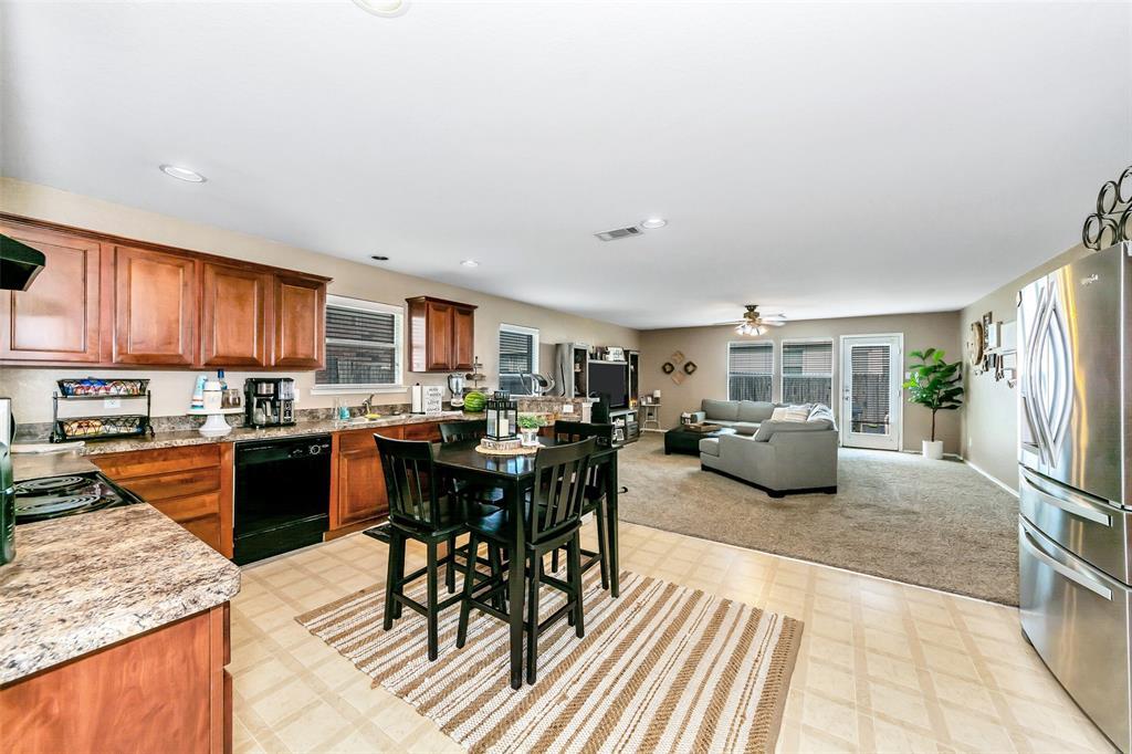 10441 Hideaway  Trail, Fort Worth, Texas 76131 - acquisto real estate best realtor dfw jody daley liberty high school realtor