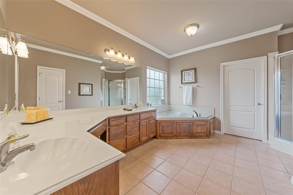 444 Rene  Lane, Gunter, Texas 75058 - acquisto real estate best real estate company to work for
