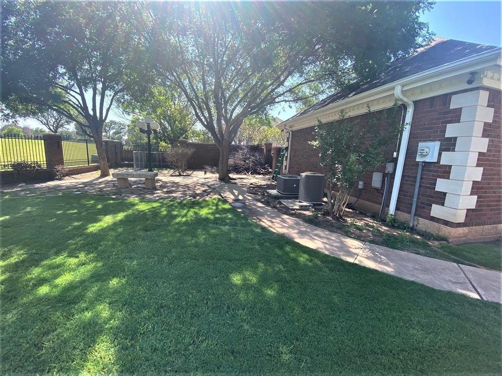 24 Winged Foot  Circle, Abilene, Texas 79606 - acquisto real estate best celina realtor logan lawrence best dressed realtor