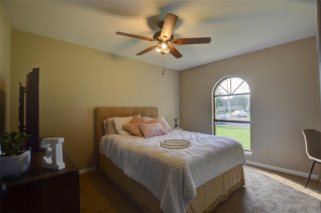 1805 Santa Fe  Court, Grand Prairie, Texas 75052 - acquisto real estate best designer and realtor hannah ewing kind realtor