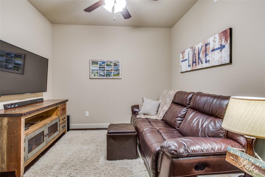 500 Waters Edge  Drive, Lake Dallas, Texas 75065 - acquisto real estate best realtor dfw jody daley liberty high school realtor