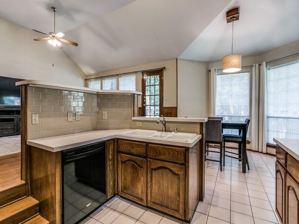 2755 Fernwood  Drive, Highland Village, Texas 75077 - acquisto real estate best frisco real estate broker in texas for high net worth buyers