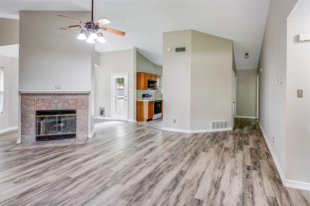 1025 Hills  Terrace, Saginaw, Texas 76179 - acquisto real estate best prosper realtor susan cancemi windfarms realtor