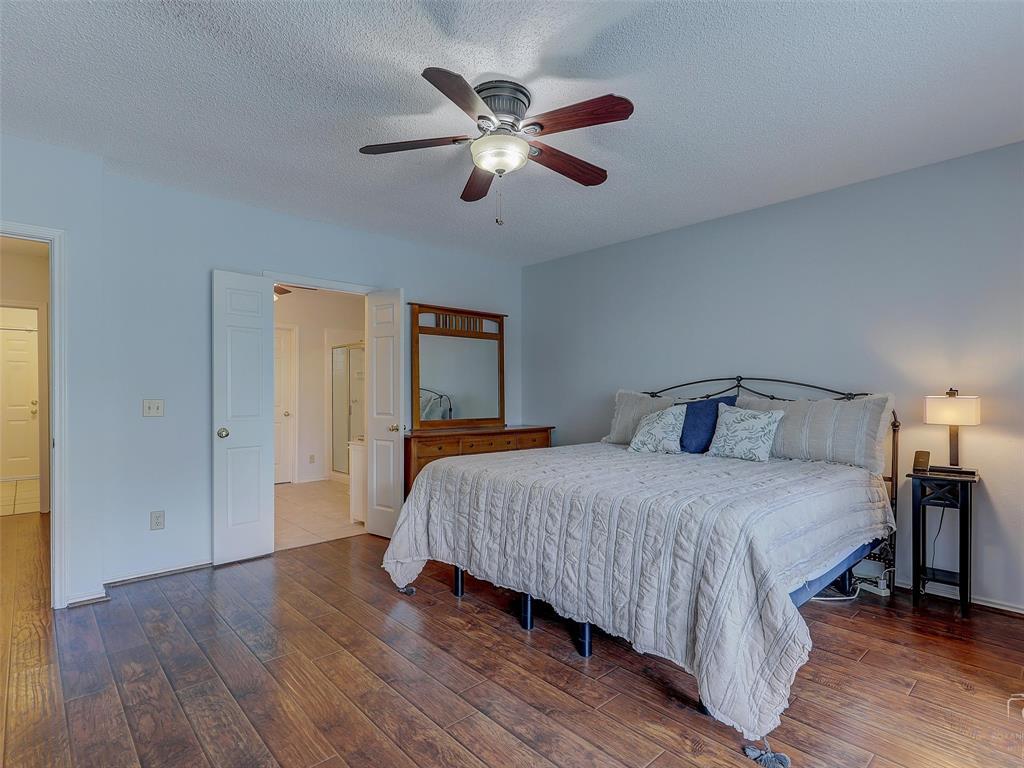 2121 Lansdown  Drive, Carrollton, Texas 75010 - acquisto real estate best realtor dallas texas linda miller agent for cultural buyers