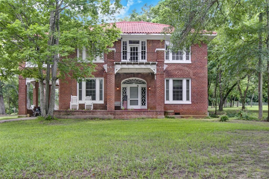 501 Louise St  Atlanta, Texas 75551 - Acquisto Real Estate best frisco realtor Amy Gasperini 1031 exchange expert