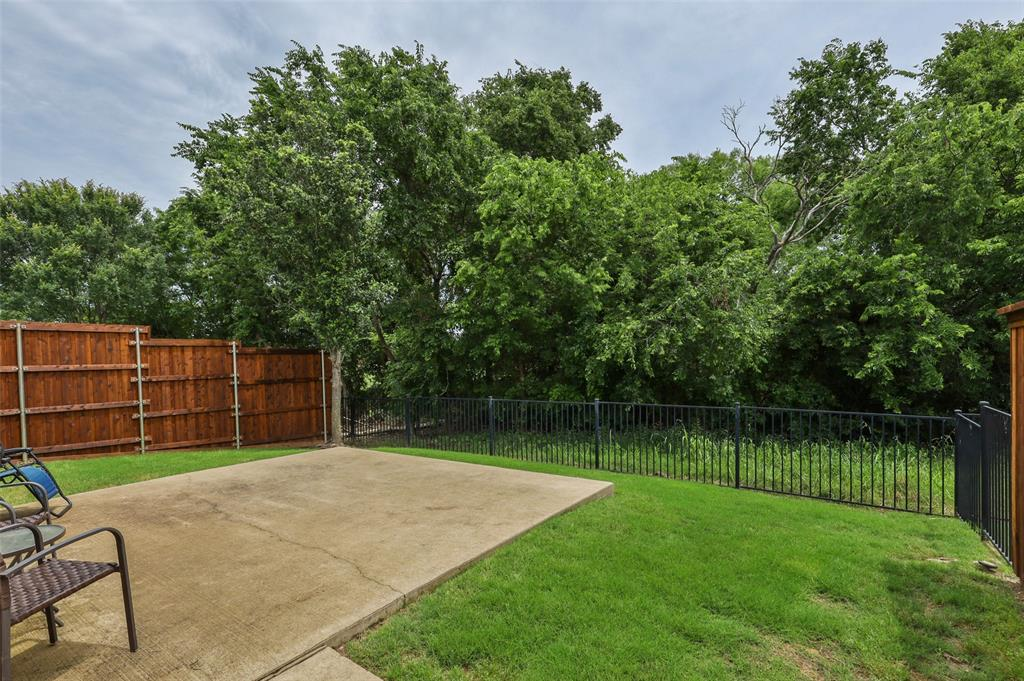 9516 National Pines  Drive, McKinney, Texas 75072 - acquisto real estate best realtor foreclosure real estate mike shepeherd walnut grove realtor