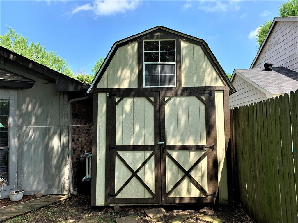 2513 Craig  Lane, Denton, Texas 76209 - acquisto real estate best realtor foreclosure real estate mike shepeherd walnut grove realtor