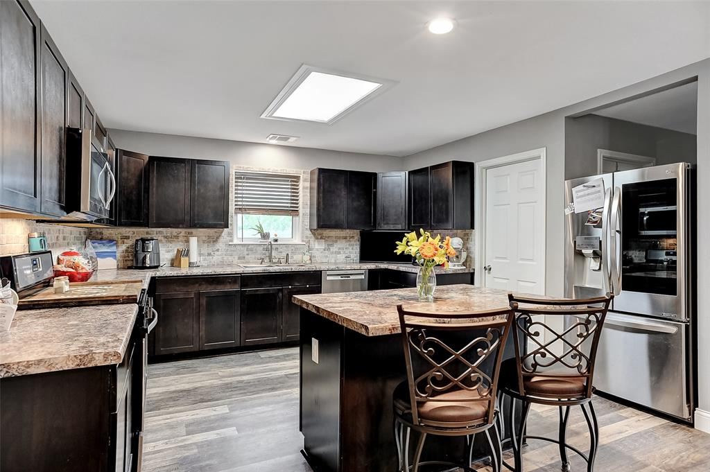 205 Broadway  Street, Whitesboro, Texas 76273 - acquisto real estate best listing agent in the nation shana acquisto estate realtor