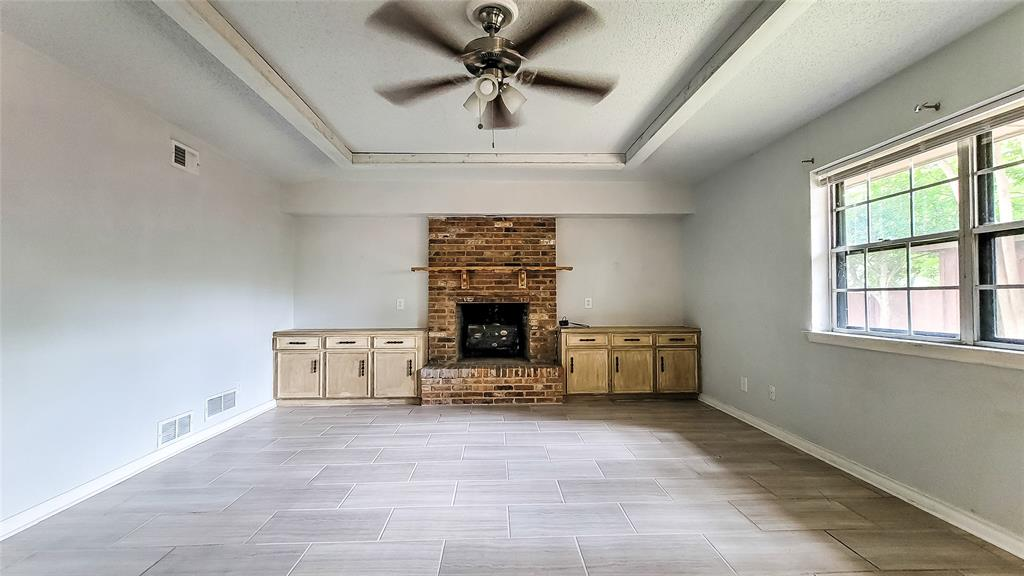 7724 Village Trail  Drive, Dallas, Texas 75254 - acquisto real estate best prosper realtor susan cancemi windfarms realtor