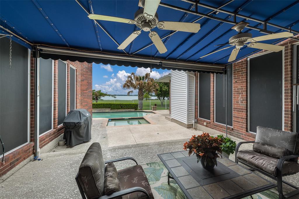 303 Stonebridge  Drive, Rockwall, Texas 75087 - acquisto real estate best park cities realtor kim miller best staging agent