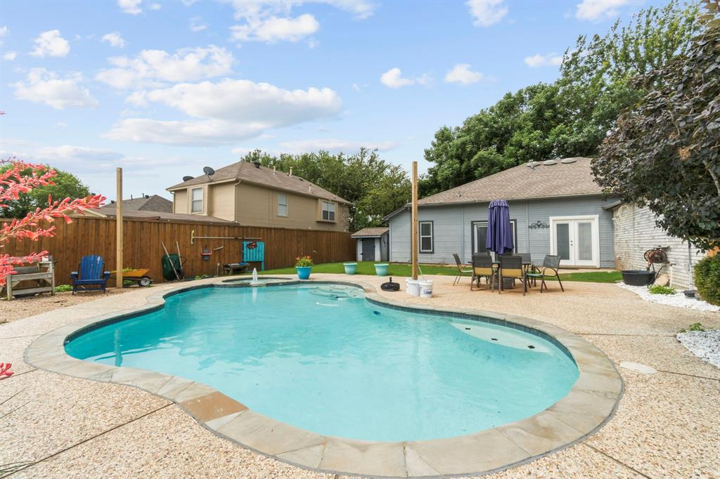 815 Ridgemont  Drive, Allen, Texas 75002 - acquisto real estate best frisco real estate agent amy gasperini panther creek realtor