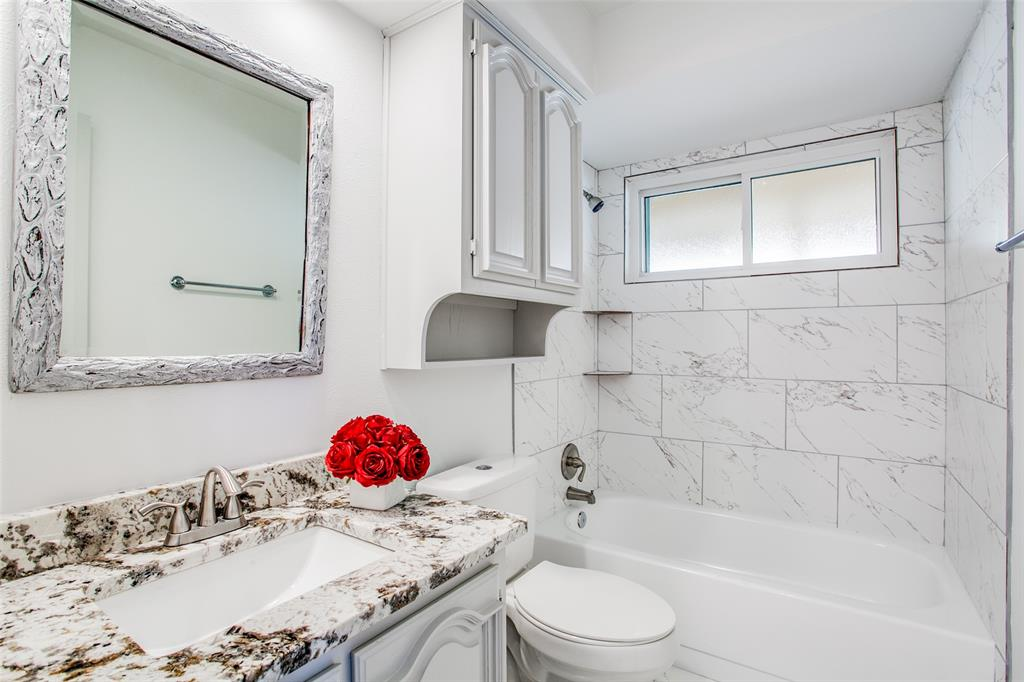 3107 Bryan  Street, Dallas, Texas 75204 - acquisto real estaet best boutique real estate firm in texas for high net worth sellers