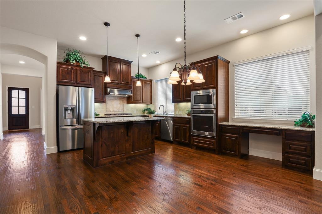 1624 Golf Club  Drive, Lantana, Texas 76226 - acquisto real estate best allen realtor kim miller hunters creek expert