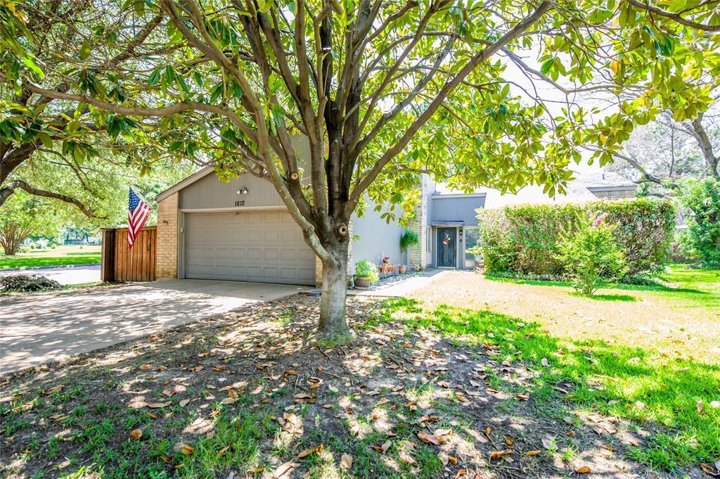 1812 Sunnyvale  Road, Grand Prairie, Texas 75050 - Acquisto Real Estate best frisco realtor Amy Gasperini 1031 exchange expert