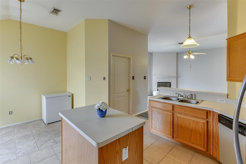8715 Woodrigg  Drive, Dallas, Texas 75249 - acquisto real estate best listing listing agent in texas shana acquisto rich person realtor