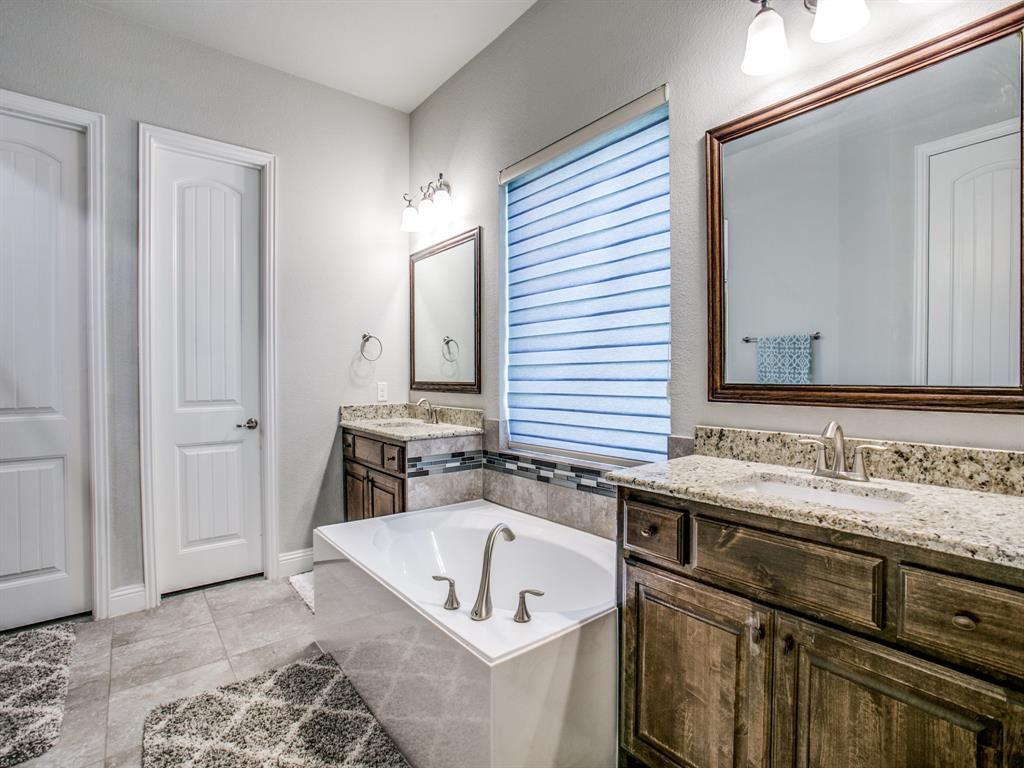 332 Prairie Ridge  Lane, Lewisville, Texas 75056 - acquisto real estate best frisco real estate broker in texas for high net worth buyers