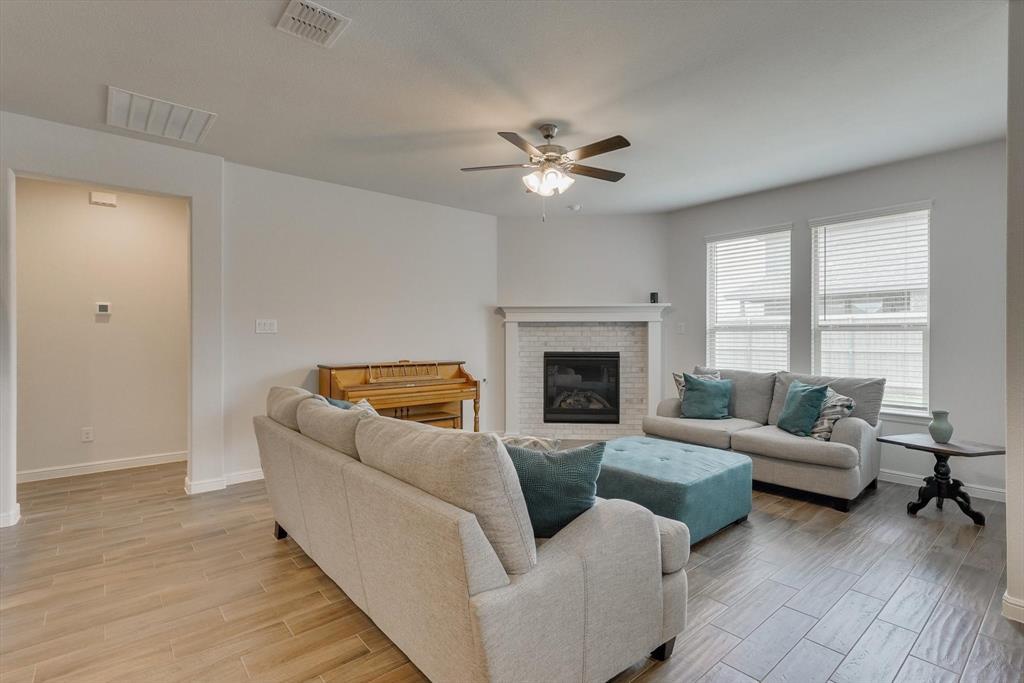 2420 Coyote  Way, Northlake, Texas 76247 - acquisto real estate best designer and realtor hannah ewing kind realtor