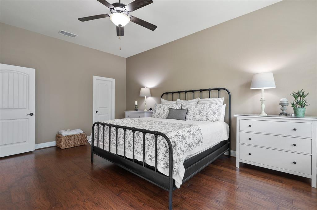 9516 National Pines  Drive, McKinney, Texas 75072 - acquisto real estate best frisco real estate broker in texas for high net worth buyers