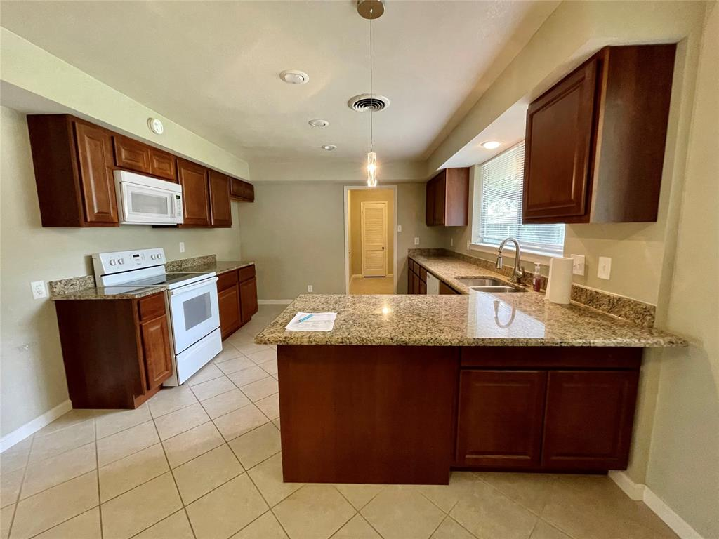 1723 Carlisle  Street, Irving, Texas 75062 - acquisto real estate best the colony realtor linda miller the bridges real estate