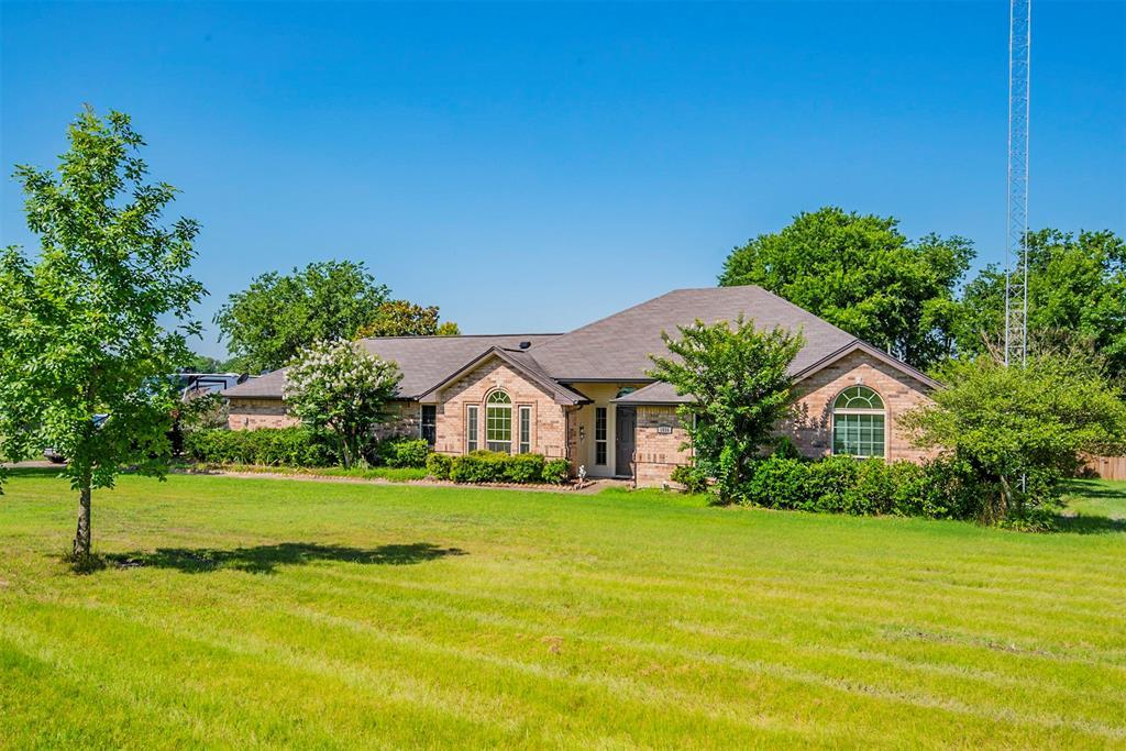 1056 Bells Chapel  Road, Pecan Hill, Texas 75165 - Acquisto Real Estate best frisco realtor Amy Gasperini 1031 exchange expert