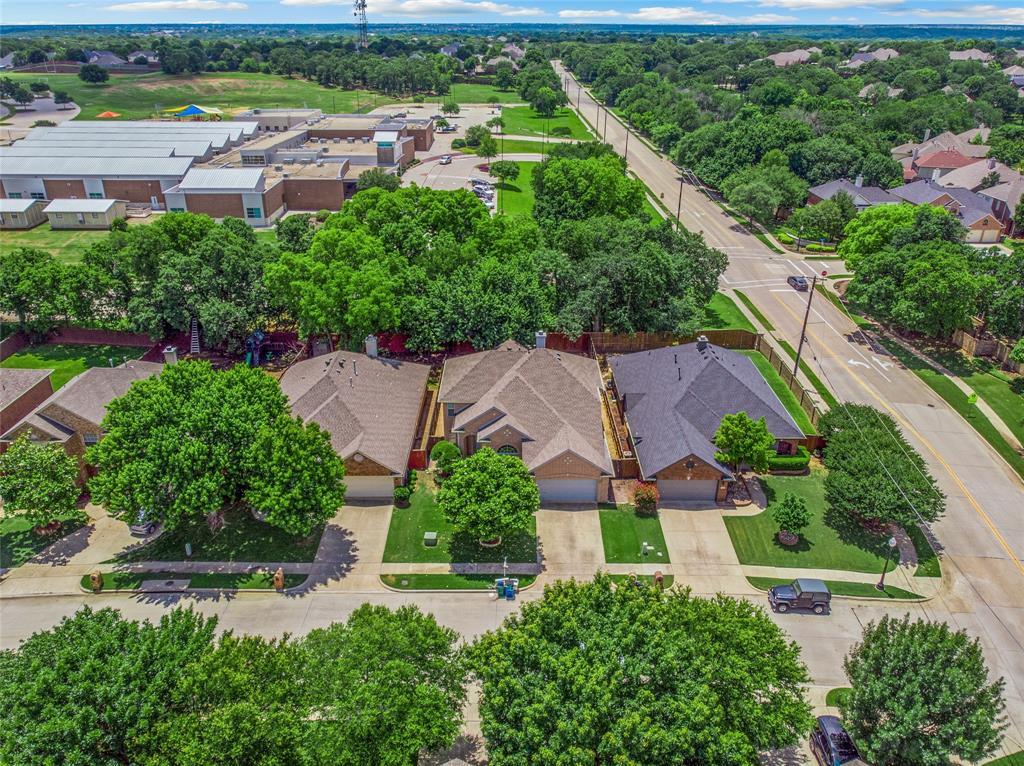 1702 Tealwood  Lane, Corinth, Texas 76210 - acquisto real estate best negotiating realtor linda miller declutter realtor