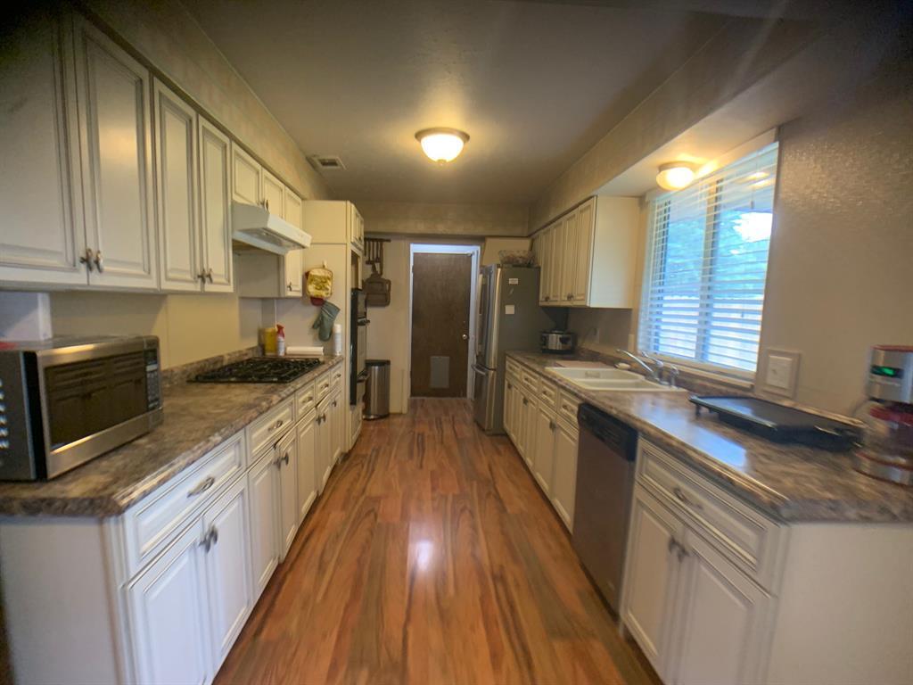 4203 Cinnabar  Drive, Dallas, Texas 75227 - acquisto real estate best highland park realtor amy gasperini fast real estate service