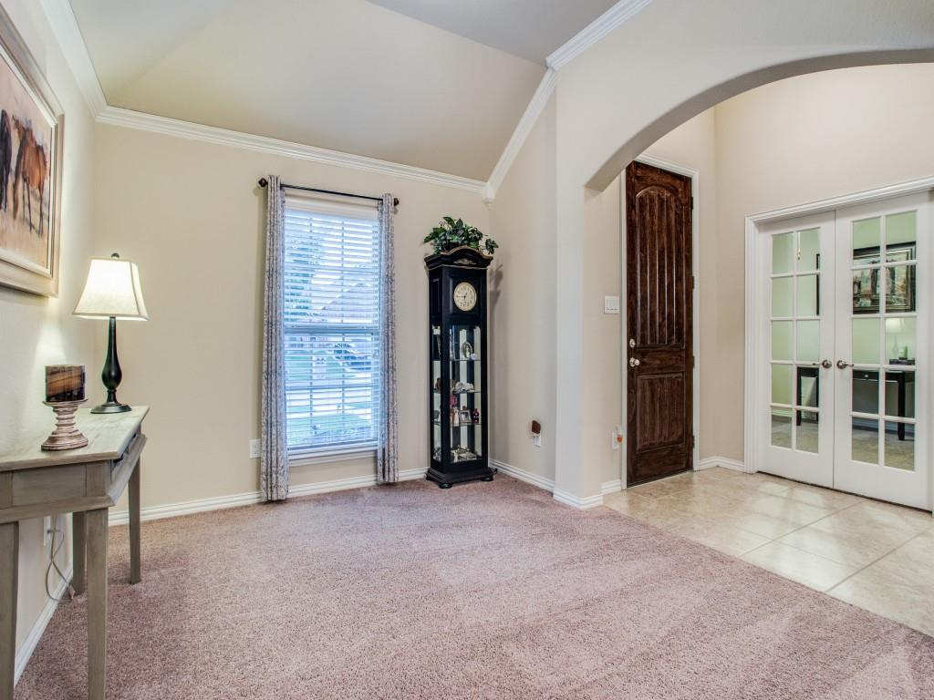 6836 San Luis  Trail, Fort Worth, Texas 76131 - acquisto real estate best celina realtor logan lawrence best dressed realtor