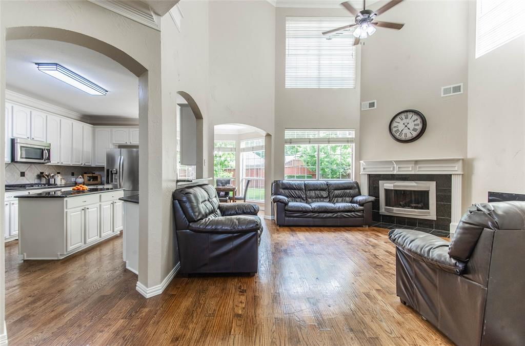 448 Crestview Point Dr  Drive, Lewisville, Texas 75067 - acquisto real estate best real estate company in frisco texas real estate showings